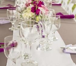 Melanie Ryan Wedding Table Setting